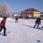Казанский турнир по хоккею с мячом на валенках