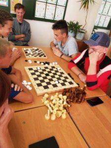 Турнир по шашкам и шахматам